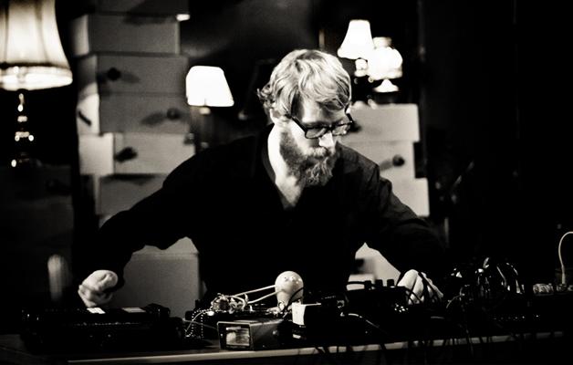 JAZZAJ: Christian Skjodt Hangszerkentyű Workshop