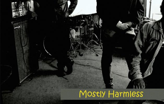 MOSTLY HARMLESS – koncert